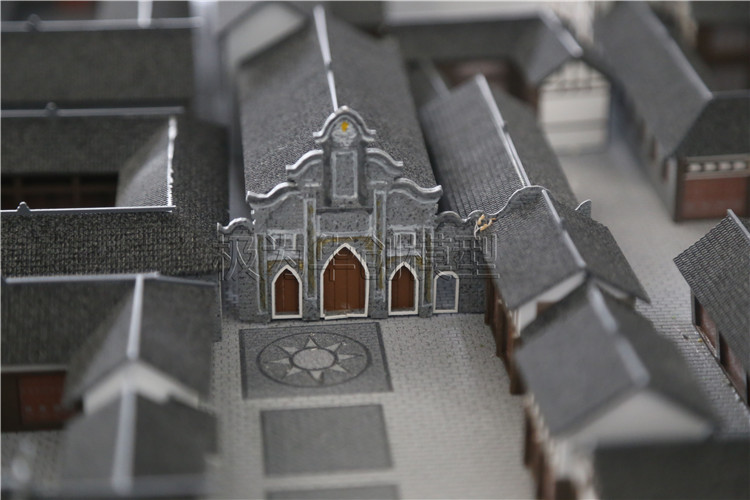 Ancient  model Featured Image
